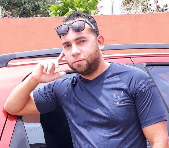 Busco pareja. Hombre de 35 años busca mujer en Trinidad y Tobago, San Juan
