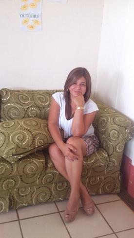 Busco pareja. Mujer de 50 años busca hombre en Costa Rica, San Jose