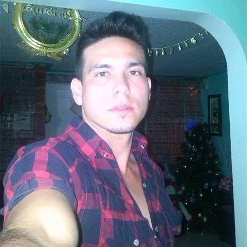 Busco pareja. Chico de 26 años busca chica en Colombia, Bucaramanga