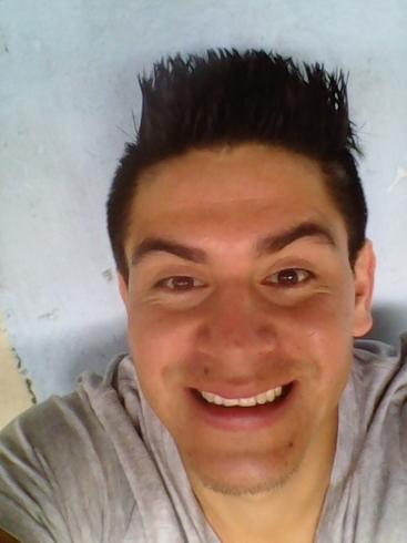 Busco pareja. Chico de 24 años busca chica en Ecuador, Loja