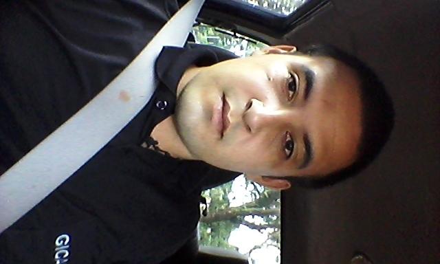 Busco pareja. Chico de 22 años busca chica en Paraguay, Ciudad Del Este