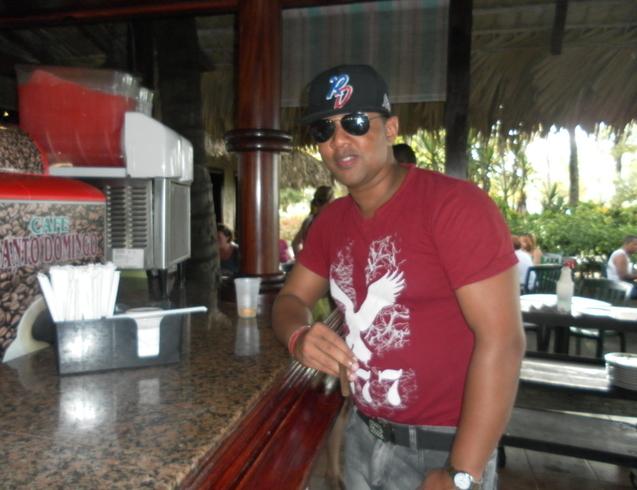 Busco pareja. Hombre de 34 años busca mujer en República Dominicana, Santiago