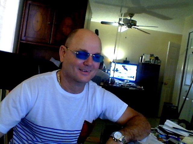 Busco pareja. Hombre de 54 años busca mujer en Estados Unidos de América, Miami