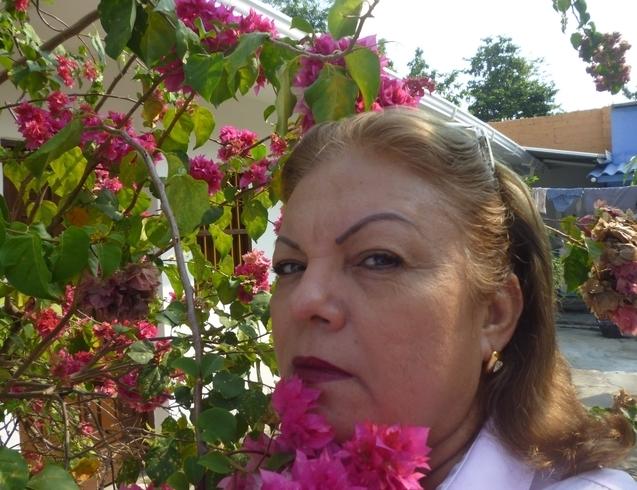 Busco pareja. Mujer de 58 años busca hombre