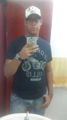 Busco pareja. Chico de 18 años busca chica en República Dominicana, Moca