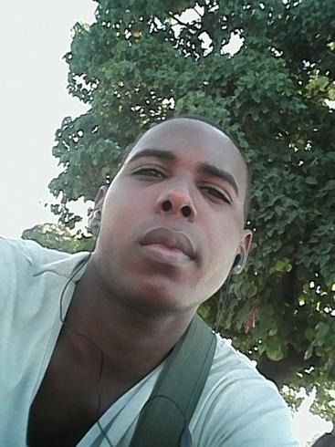 Busco pareja. Chico de 25 años busca chica en Cuba, Gtmo