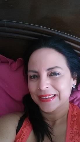 Busco pareja. Mujer de 48 años busca hombre