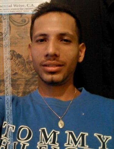 Busco pareja. Chico de 28 años busca chica en Venezuela, Santa Teresa