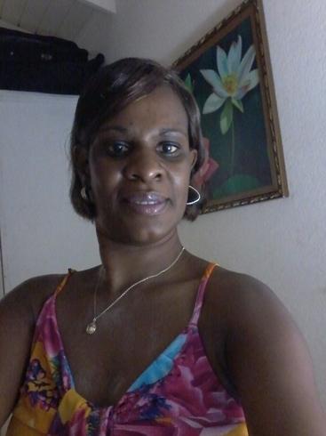Busco pareja. Mujer de 50 años busca hombre