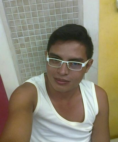 Chico busca chico milagro [PUNIQRANDLINE-(au-dating-names.txt) 37