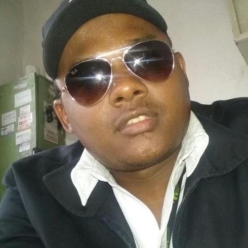 Busco pareja. Chico de 28 años busca chica en República Dominicana, Boca Chica
