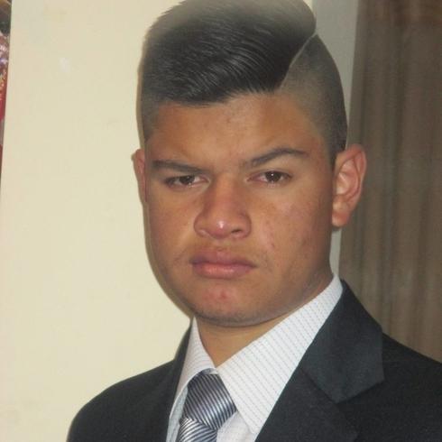 Busco pareja. Chico de 18 años busca chica en Ecuador, Tulcan