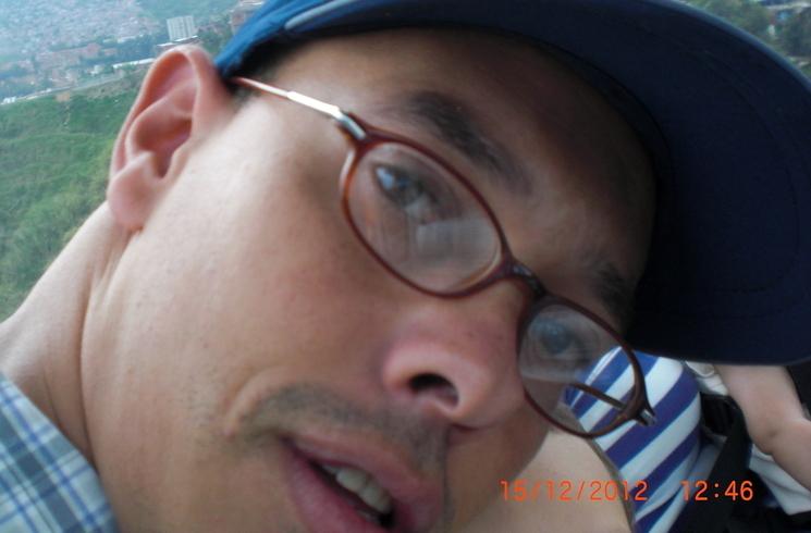 Busco pareja. Hombre de 38 años busca mujer en Colombia, Medellin