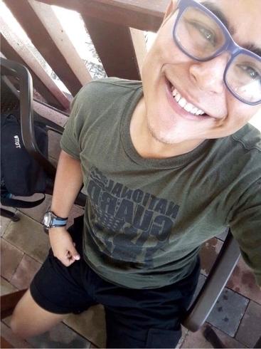 Busco pareja. Chico de 20 años busca chica en Salvador, San Salvador