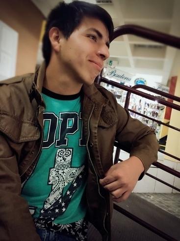 Busco pareja. Chico de 21 años busca chica en Perú, Arequipa