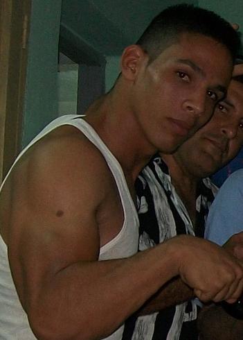 Busco pareja. Chico de 25 años busca chica en Cuba