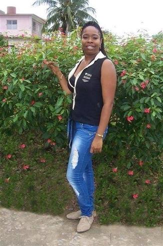Busco pareja. Mujer de 33 años busca hombre en Cuba, Las Tunas