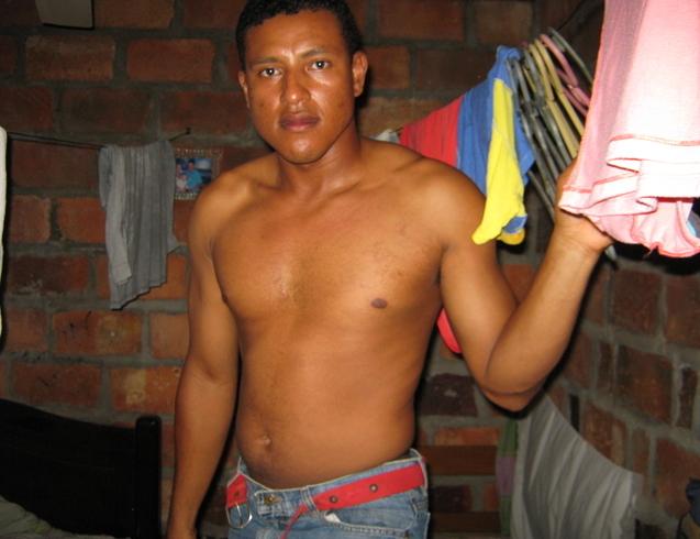 Busco pareja. Hombre de 33 años busca mujer en Colombia, Barrancabermeja
