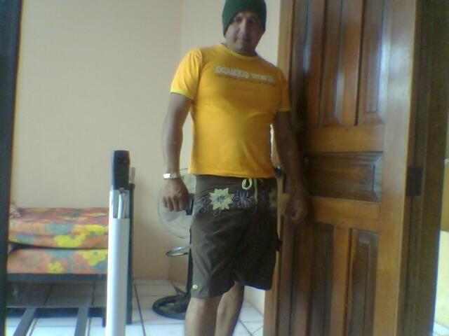 Busco pareja. Hombre de 42 años busca mujer en Ecuador, Guayaquil