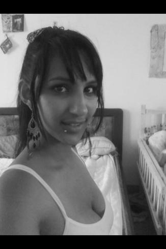 Busco pareja. Chica de 23 años busca chico en Costa Rica, Cartago