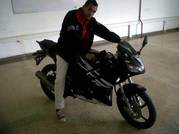 Busco pareja. Hombre de 30 años busca mujer en Venezuela, Caracas