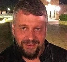 Busco pareja. Hombre de 44 años busca mujer en Gran Bretaña