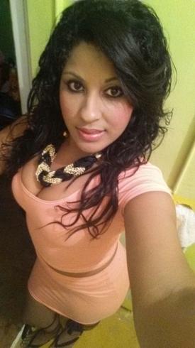 Chica busca chico en Contactos Venezuela