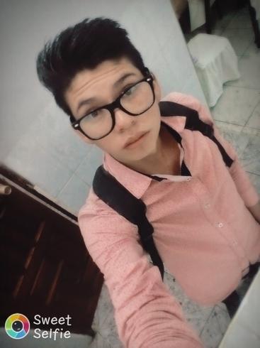 Busco pareja. Chico de 18 años busca chica en Bolivia, La Paz
