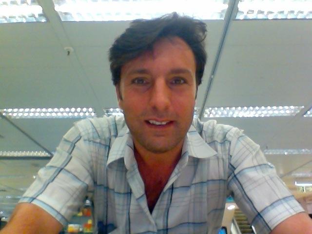 Busco pareja. Hombre de 47 años busca mujer en Italia, Milano