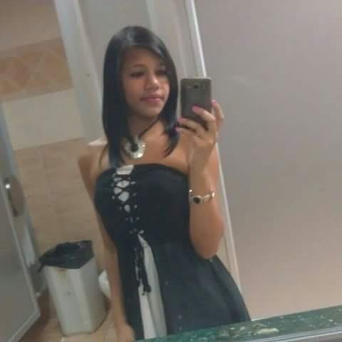 Busco pareja. Chica de 20 años busca chico en República Dominicana, Santiago