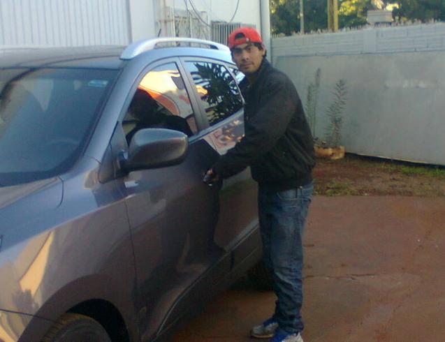 Busco pareja. Chico de 24 años busca chica en Paraguay, Hernandarias