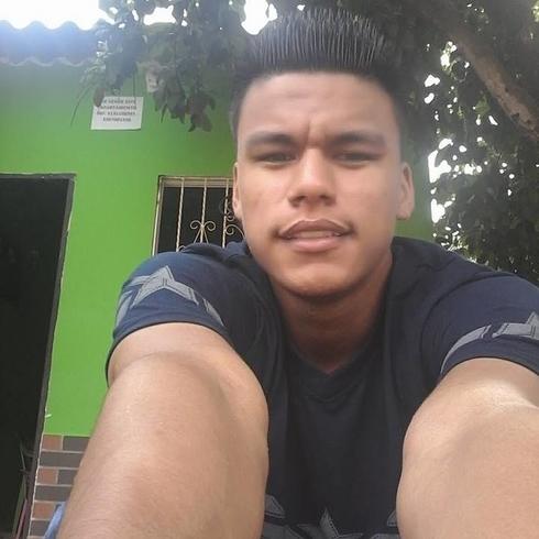 Busco pareja. Chico de 26 años busca chica en Colombia, Valledupar