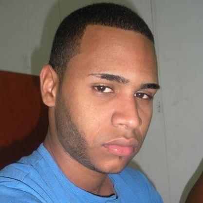 Busco pareja. Chico de 24 años busca chica en República Dominicana, Santiago