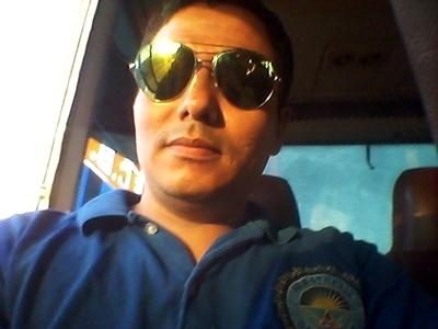 Busco pareja. Hombre de 30 años busca mujer en Bolivia, Santa Cruz De La Sierra