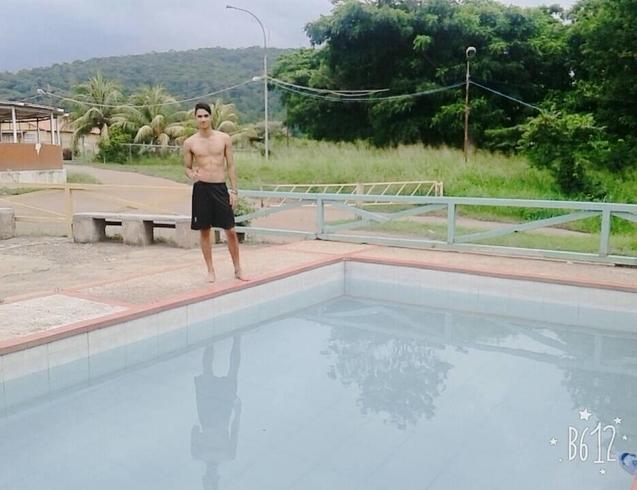 Busco pareja. Chico de 20 años busca chica en Venezuela, Anzoategui