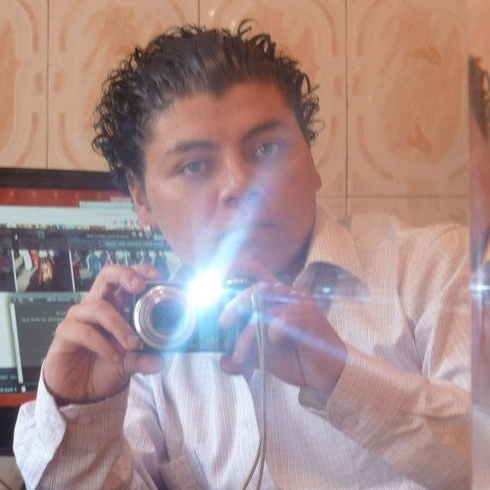 Busco pareja. Chico de 26 años busca chica en Ecuador, Quito