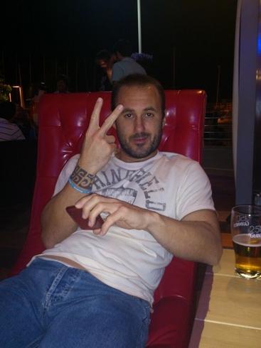 Busco pareja. Hombre de 34 años busca mujer en España, Marbella