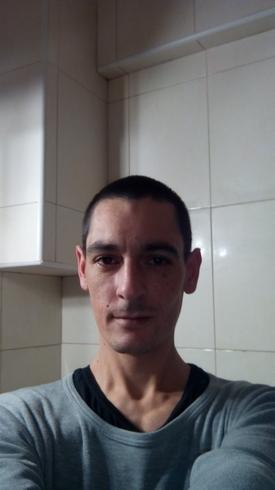 Busco pareja. Hombre de 35 años busca mujer en España, Quesa