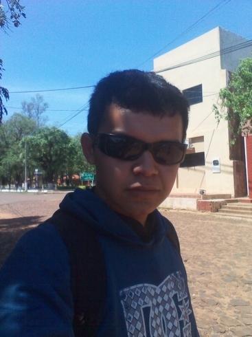 Busco pareja. Chico de 19 años busca chica en Paraguay, Caazapa