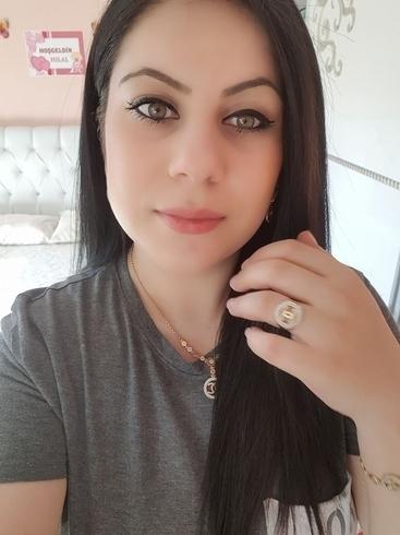 Busco pareja. Mujer de 33 años busca hombre