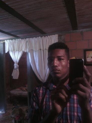 Busco pareja. Chico de 27 años busca chica en Colombia, Villa Rica(Cauca)