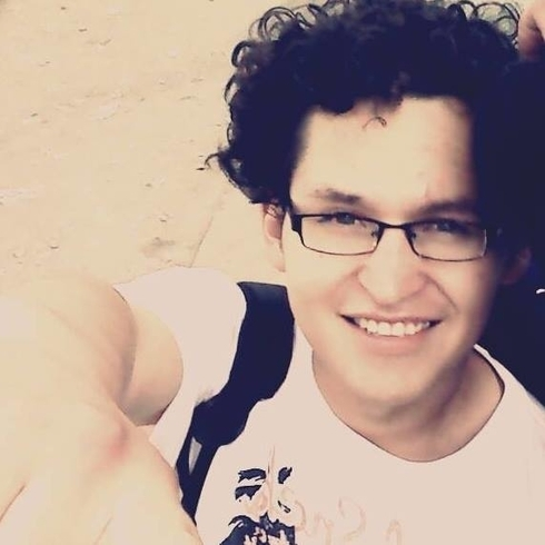 Busco pareja. Chico de 21 años busca chica en Perú, Cusco