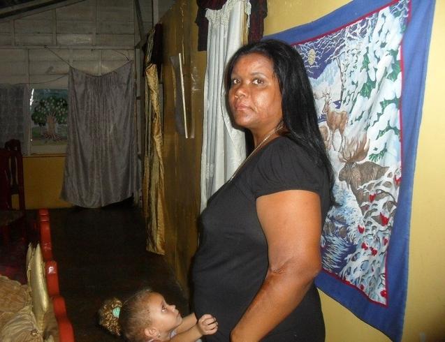 Novia ecuatoriana mujer dominicana