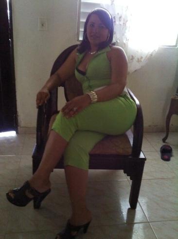 chica busca chica en republica dominicana