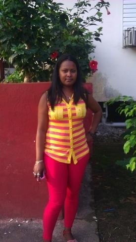 Busco pareja. Chica de 25 años busca chico en Cuba, Bayamo