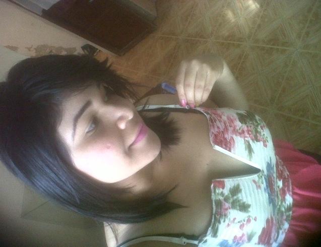 Busco pareja. Chica de 21 años busca chico en Venezuela, Caracas