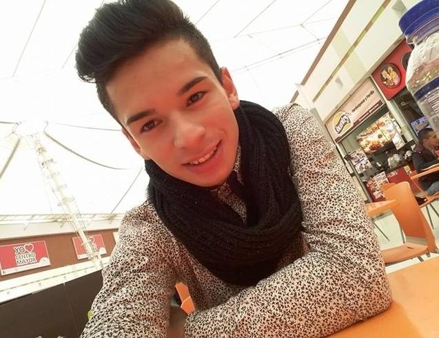 Busco pareja. Chico de 18 años busca chica en Colombia, Bogotã¡