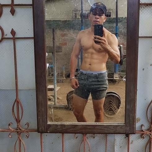 Busco pareja. Chico de 24 años busca chica en Cuba