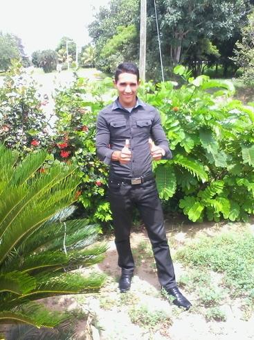 Busco pareja. Chico de 22 años busca chica en Cuba, Cienfuegos