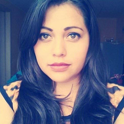 Busco pareja. Chica de 22 años busca chico en Ecuador, Ambato